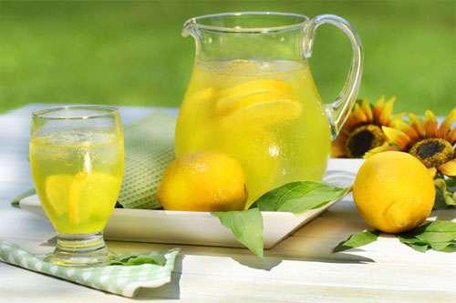 شربت عسل و لیمو
