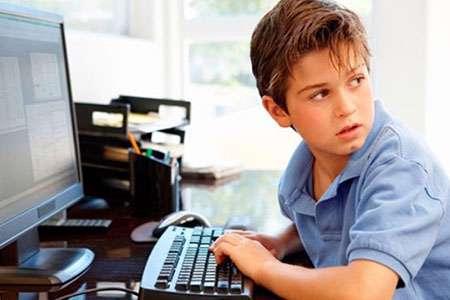 محافظ از کودکانمان در فضای اینترنت باشیم!