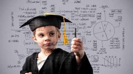 بررسی تاثیر تک فرزندی و چند فرزندی بر روی هوش کودک