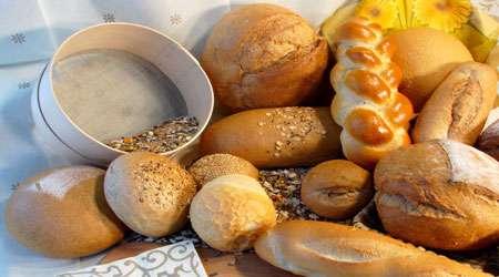 فراوری و بهبود کیفیت انواع مواد غذایی (نان ها، شیرینی جات، شکلات و نوشیدنی ها) با استفاده از آب پنیر