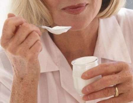 بعد بلوغ سن اليأس.. نصائح تجنب الإصابة بهشاشة العظام
