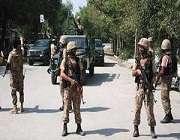 سوات میں کبل کے علاقے شریف آباد میں خود کش دھماکے کے نتیجے میں پاک فوج کی اسپورٹس یونٹ کے ایک افسر سمیت 11 فوجی شہید اور دیگر 13 زخمی ہو گئے۔