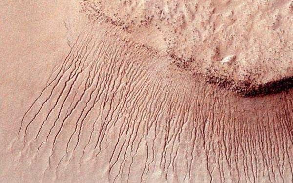 ۱۰ حقیقت جالب درباره سیاره سرخ