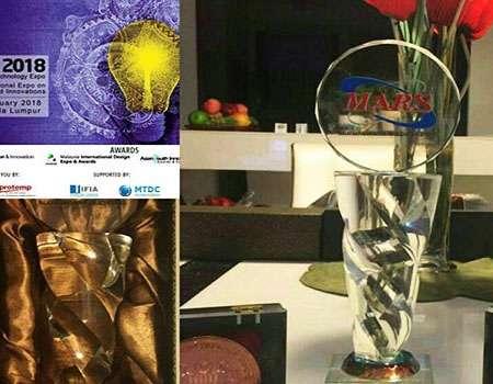 باحث ایراني يفوز بميدالية في مهرجان ماليزيا التكنولوجي