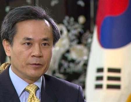 سفير كوريا الجنوبية لدى طهران: ايران تتمتع بموقع استراتيجي لتطوير العلاقات التجارية
