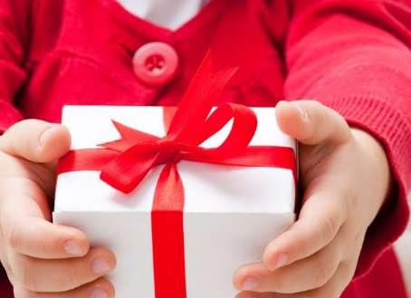 اسکگناس نو ، عید دادن،کودکان،مهد کودک،خانواده، مشاجره ، خانواده ایرانی، کودک