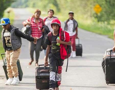 الولايات المتحدة تنهي إقامة نحو 90 ألف مهاجر