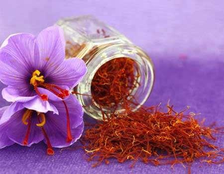 ماهي تاثیرات تناول الزعفران على القلب؟