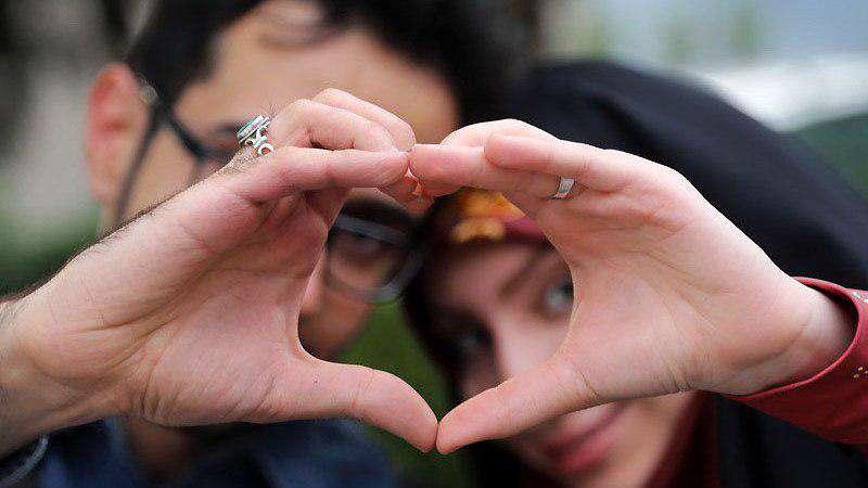 زن وشوهر،همسر بودن، ازدواج، دوران نامزدی، زندگی مشترک، روابط دوستی، اسباب بازی، خانواده ایرانی، عشاق موفق