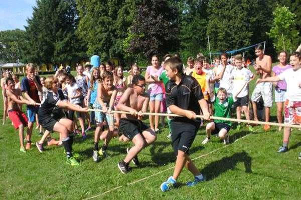فرهنگ رقابت و تاثیر آن بر  افکار و رفتار کودکان و نوجوانان