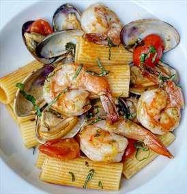 یک غذای دریایی خوشمزه