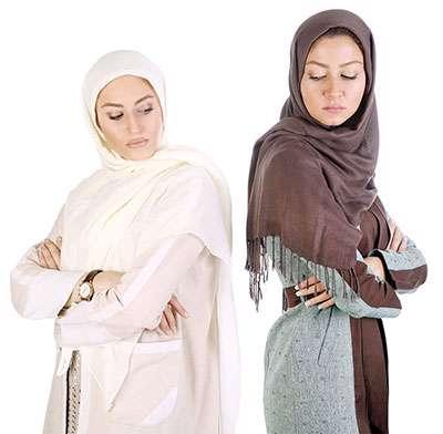 عروس، مادرشوهر،تشکیل خانواده، احساسات، خانواده ایرانی، خانه فیروزه ای