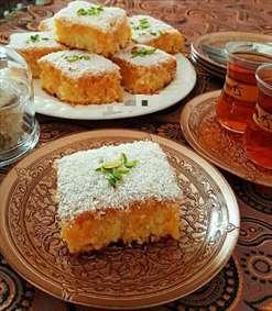 کیک خوشمزه با چای