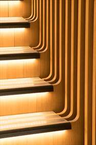 نگاهی به طراحی جالب و خلاقانه یک پلکان مارپیچ