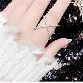 انگشتر زیبا