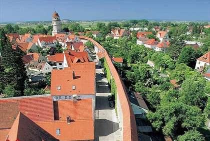 شهر تاریخی آلمان در محل برخورد شهابسنگ