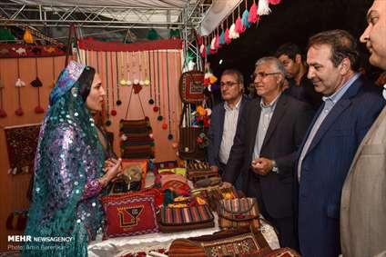 نمایشگاه توانمندیهای روستاییان و عشایر استان فارس