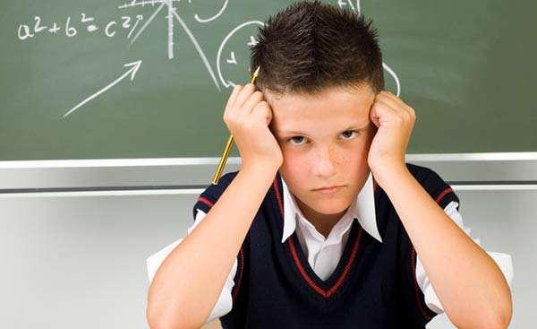 افت تحصیلی چیست و عوامل موثر بر آن کدام است؟