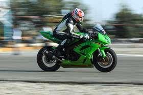 مسابقات موتورسواری به مناسبت هفته ناجا
