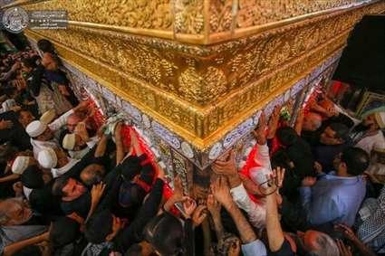 حرم امام علی (ع) در ازدحام زائران اربعین