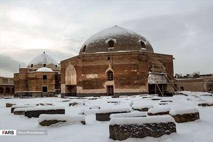 برف در تبریز و اردبیل