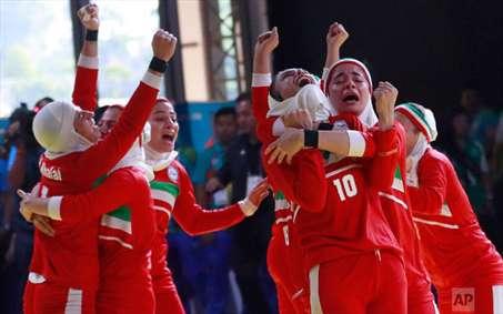 شادی قهرمانی تیم ملی کبدی بانوان ایران در بازیهای آسیایی جاکارتا
