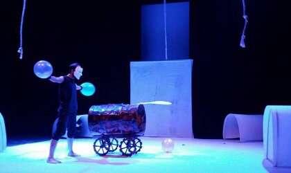 «نطفه دربند» روایتی از یک جنگ در تئاتر فجر