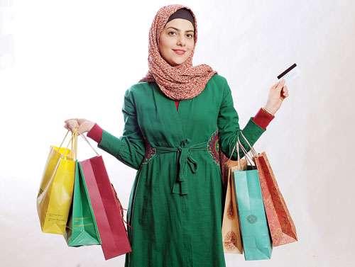 ولخرجی،عید نوروز،خرید غیرضروری، پول نقد،کارت اعتباری،پس انداز،بازار، مرکز خرید، مالیات، استرس،شبکه اجتماعی،خانواده ایرانی، خانه فیروزه ای