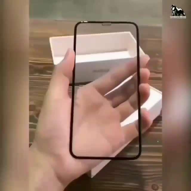 گوشی با صفحه نامرئی!