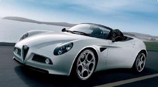 آلفارومئو 8سی اِسپایدر (Alfa Romeo 8C Spider)