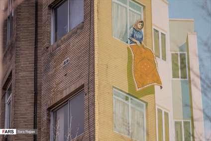 سهم مادری از دیوارهای شهر