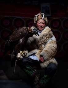 شکارچی عقاب