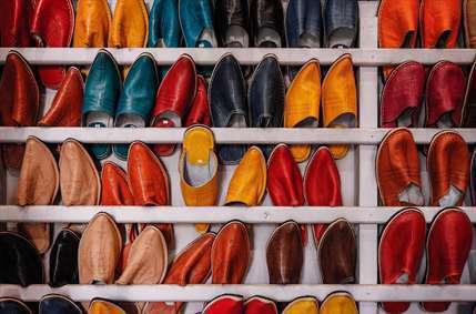 کفش های رنگی