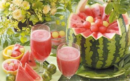 تابستان و هندوانه