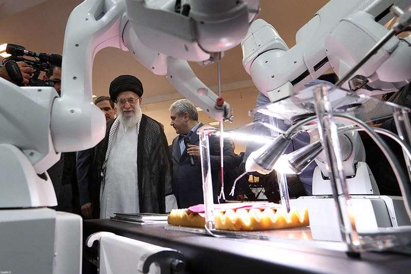 بازدید رهبری از ایران ساخت