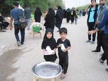 کودکان مهمان و میزبان در مسیر اربعین