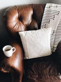 مبل و قهوه