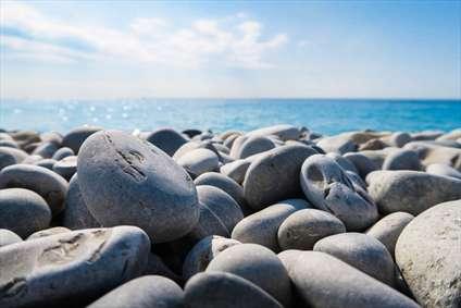 سنگ های ساحل