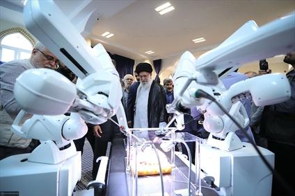 بازدید از نمایشگاه شرکتهای دانشبنیان وفناوریهای برتر