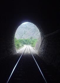 تونل زندگی