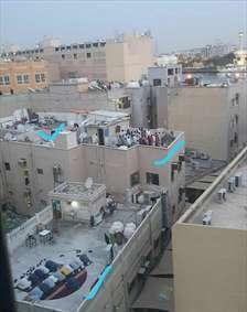 نماز در پشت بام