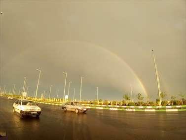 دو رنگین کمان در آسمان