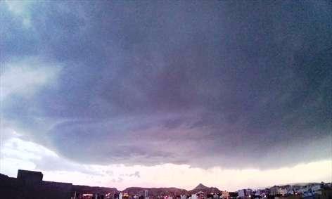ابر طوفان