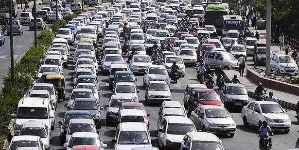 خیابان های شلوغ ، صدای خودروها، ترافیک،