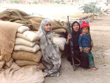 جنگ و زندگی | تصاویری از مردم در دفاع مقدس
