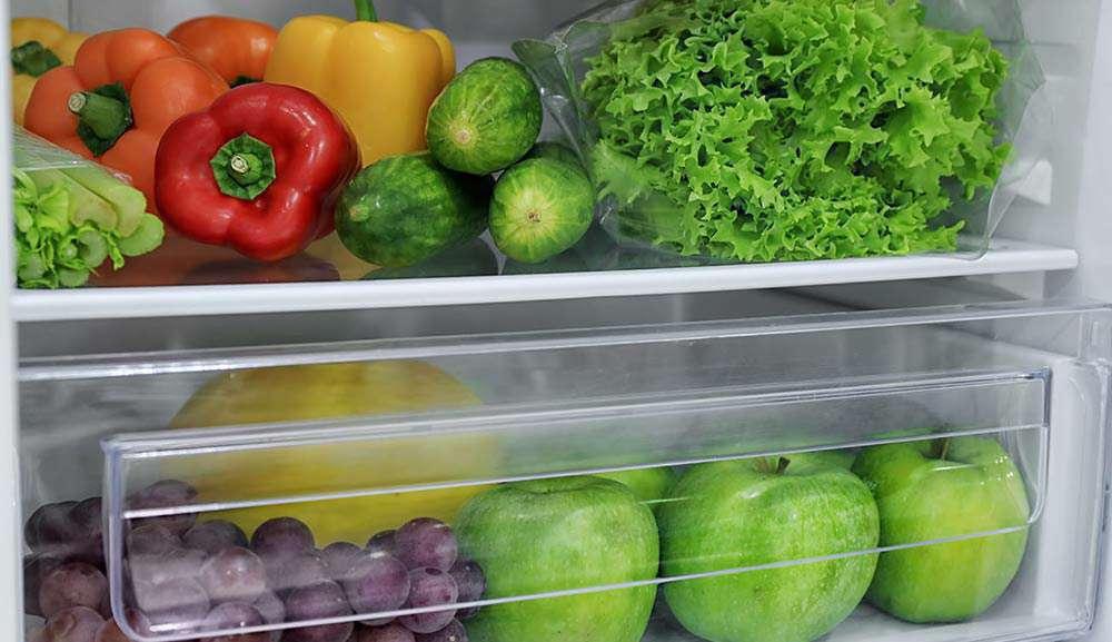 میوه و سبزی در یخچال