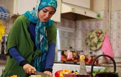 چگونه زن خانهدار موفق و شادی باشیم؟