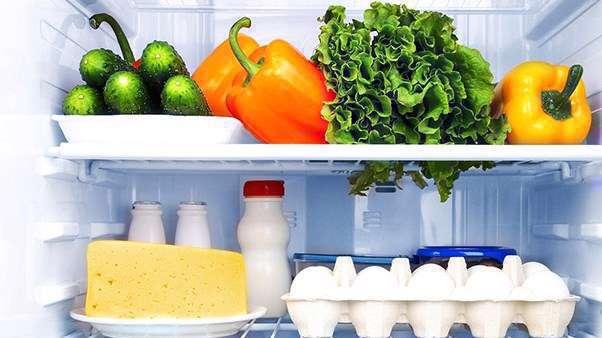 مواد غذایی،میوه،سبزیجات،نگهداری،روش های نگهداری،سیب زمینی،پیاز،خیار،یخچال،دمای سرد،گاز اتیلن،فلفل دلمه ای،پوسیدگی،تخم مرغ،باکتری،انجماد،آجیل و خشکبار،فریزر،کیسه پلاستیکی