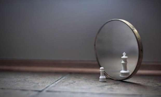 دربارهی خویشتنبینی چه میدانید؟
